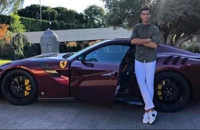 Ronaldo-Juventus, pronto contratto da 20 milioni all'anno come testimonial Ferrari