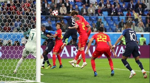 """La Francia """"all'italiana"""" è la prima finalista: basta Umtiti per battere il Belgio"""