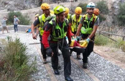Tragedia in Calabria, torrente travolge escursionisti: 10 morti, trovati vivi 3 dispersi
