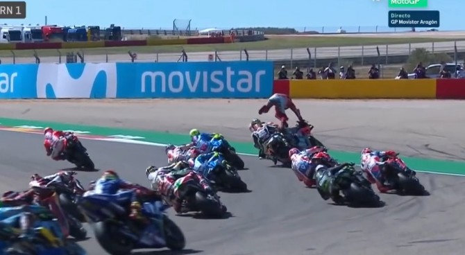 """Aragon, Lorenzo attacca Marquez: """"Caduto per colpa sua. Spero che venga a vedere come sto e a scusarsi"""""""