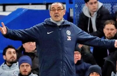 """Il Chelsea perde ancora: i tifosi se la prendono con il """"Sarri Ball"""". Torna Mourinho?"""